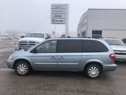 Pre-Owned 2006 Chrysler Town & Country LWB Touring